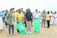 2017-International-Coastal-Cleanup-Event-Images-(23)