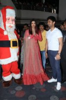 Aishwarya-Rai-Bachchan-Celebrate-Christmas-With-Cancer-Survivors-Childrens-Photos-(6)