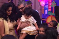 Ajith-Shalini-Son-1st-Birthday-Celebration-photos-(15)
