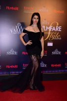 Filmfare-Glamour--Style-Awards-2019-Red-Carpet-(16)