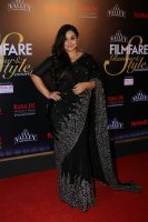 Filmfare-Glamour--Style-Awards-2019-Red-Carpet-(18)