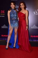 Filmfare-Glamour--Style-Awards-2019-Red-Carpet-(24)
