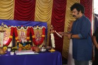 Iruttu-Arayil-Murattu-Kuthu-Movie-Launch-Stills-(15)