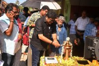 Kolambi-Movie-Pooja-(3)
