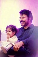 Mammootty-and-Family-photos-(19)