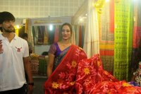 Mrs-Goa-Samiksha-launches-Silk-India-Expo-Stills-(28)