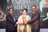 Raindrops-Women-Achievers-Award-2018-Pictures-(2)