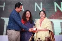 Raindrops-Women-Achievers-Award-2018-Pictures-(5)