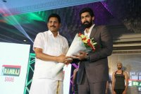 Rana-Daggubati-As-Brand-Ambassador-For-Ramraj-Cotton-Images-(1)