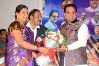 Telugu-Cinema-World-Records-Felicitation-Press-Meet-Stills-(21)