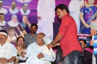 Telugu-Cinema-World-Records-Felicitation-Press-Meet-Stills-(31)