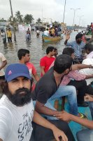 Vishal-Rescue-operation-at-Flood-affected-regions-in-chennai-(18)