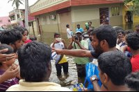 Vishal-Rescue-operation-at-Flood-affected-regions-in-chennai-(24)