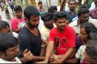 Vishal-Rescue-operation-at-Flood-affected-regions-in-chennai-(5)