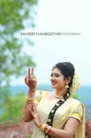Sree-Laya-Wedding-Engagement-(22)