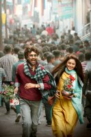 Petta-Movie-Stills-(20)