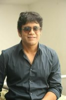 Nagarjuna-Interview-Stills-(3)
