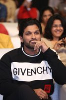 Allu-Arjun-at-Taxiwala-Pre-Release-Event-Photos-(12)