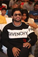 Allu-Arjun-at-Taxiwala-Pre-Release-Event-Photos-(3)