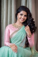 Anupama-Parameswaran-Latest-PhotoShoot-(2)