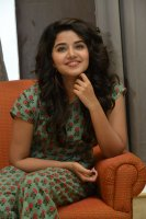 Anupama-Parameswaran-Latest-Stills-(3)