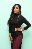 Asha-at-LANZO-Unisex-Salon-Launch-Stills-(2)