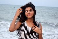 Athulya-Ravi-New-Photoshoot-(6)