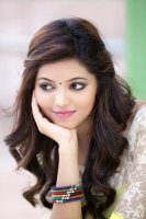 Athulya-Ravi-New-Photoshoot-(9)