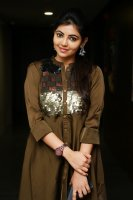 Athulya-Ravi-at-6-Athiyayam-Special-Preview-Pictures-(4)
