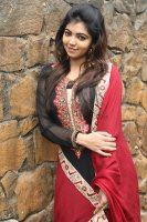 Athulya-Ravi-at-Nagesh-Thiraiyarangam-Press-Meet-Stills-(3)