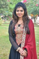 Athulya-Ravi-at-Nagesh-Thiraiyarangam-Press-Meet-Stills-(4)