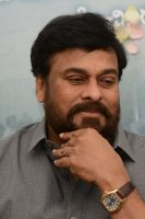 Chiranjeevi-Congratulates-Mahanati-Movie-Team-Pics-(7)