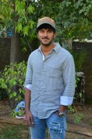 Dulquer-Salmaan-at-Solo-Movie-Press-Meet-Stills-(11)