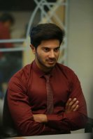 Dulquer-Salmaan-in-Hey-Pillagada-Stills-(1)