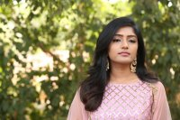 Eesha-Rebba-at-Ugram-Movie-Press-Meet-Photos-(18)