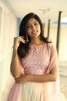 Eesha-Rebba-at-Ugram-Movie-Press-Meet-Photos-(8)