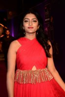 Eesha-Rebba-at-Zee-Telugu-Apsara-Awards-2018-Stills-(3)