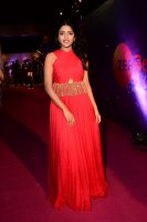 Eesha-Rebba-at-Zee-Telugu-Apsara-Awards-2018-Stills-(7)