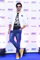 Ganesh-Venkatraman-at-MAX-Store-Launch-Stills-(6)