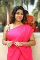 Geethanjali-at-Seelavathi-Teaser-Launch-Photos-(21)