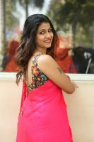 Geethanjali-at-Seelavathi-Teaser-Launch-Photos-(29)