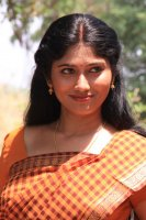 Julie-in-Amman-Thayee-Movie-Photos-(1)