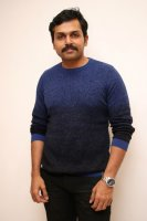 Karthi-at-Itly-Movie-Teaser-Launch-Image
