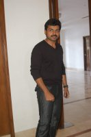 Karthi-at-Paiyaa-Press-Meet-(3)
