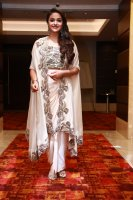Keerthy-Suresh-at-Saamy-Square-Audio-Launch-Images-(3)