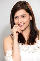 Mannara-Chopra-New-PhotoShoot-Stills-(4)