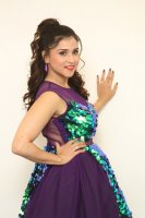 Mannara-Chopra-at-Bang-Bang-New-Year-2019-Photos-(20)