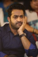 Jr-NTR-at-Ee-Maaya-Peremito-Audio-Launch-Stills-(10)