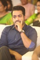Jr-NTR-at-Ee-Maaya-Peremito-Audio-Launch-Stills-(11)