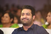 Jr-NTR-at-Ee-Maaya-Peremito-Audio-Launch-Stills-(12)